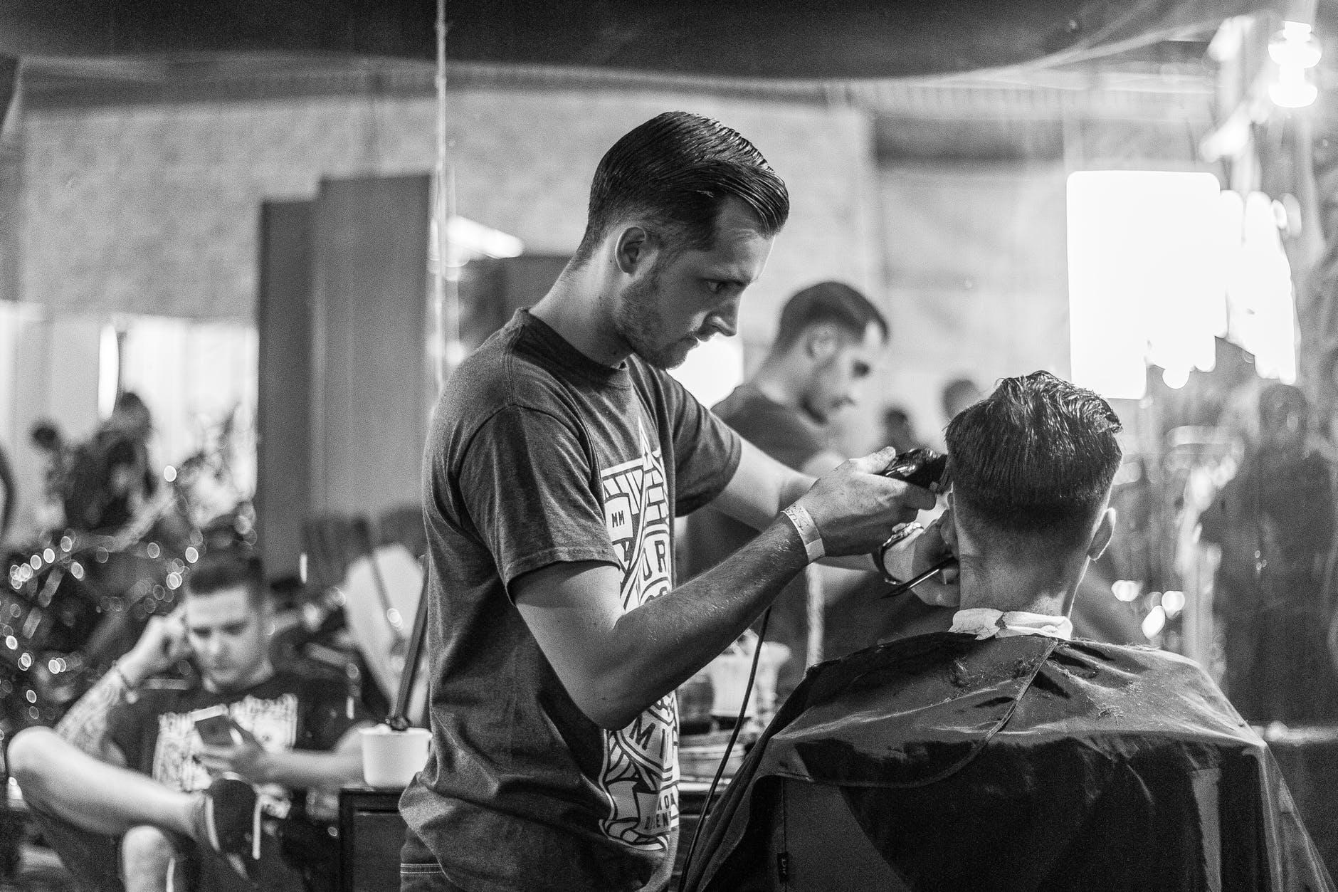 14e4bd678779 Klassiska Frisyrer: Executive Contour – Mister Barbershop